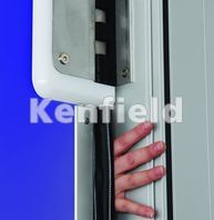 K250 GRP Retail Swing Door: Jamb finger protection seal